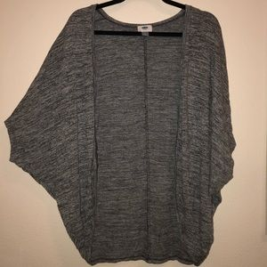 Old Navy Sweaters - Old Navy grey cardigan